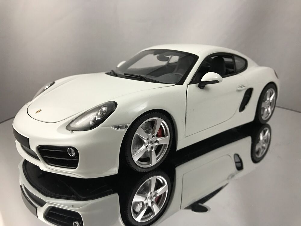 minichamps 2013 porsche cayman s 981 white w grey. Black Bedroom Furniture Sets. Home Design Ideas