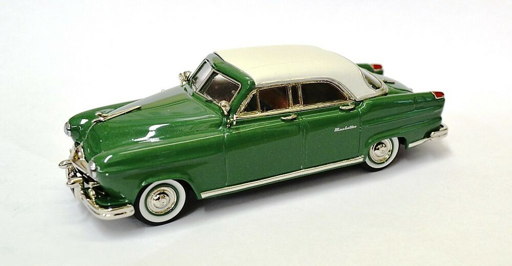 Highway Travelers 1951 Frazer Manhattan 4d Sedan Hwt 103