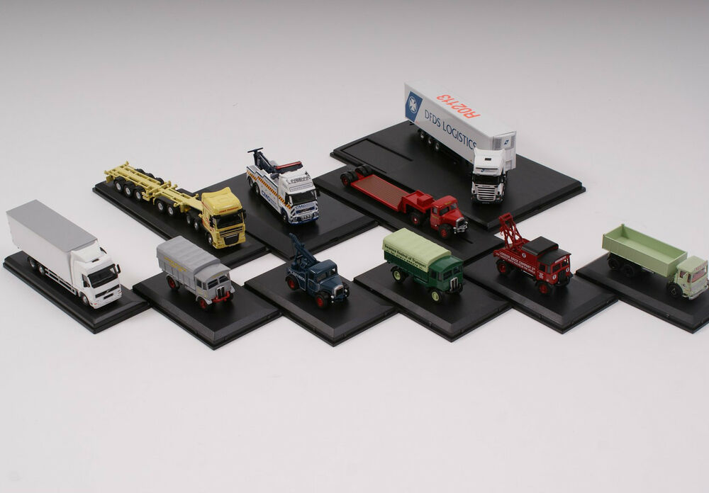 rc semi trucks with 162013880531 on Sh c bell66 furthermore Showthread additionally Ultimate rc trucks large 11 likewise Watch further 878 Toyota Dolphin 4x4 Wallpaper 5.