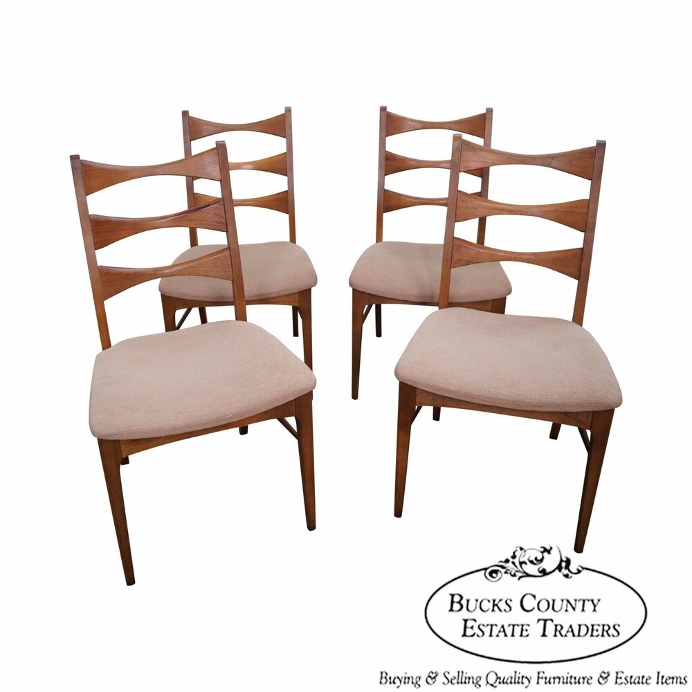 mid century modern set of 4 walnut bow tie ladder back dining chairs ebay. Black Bedroom Furniture Sets. Home Design Ideas