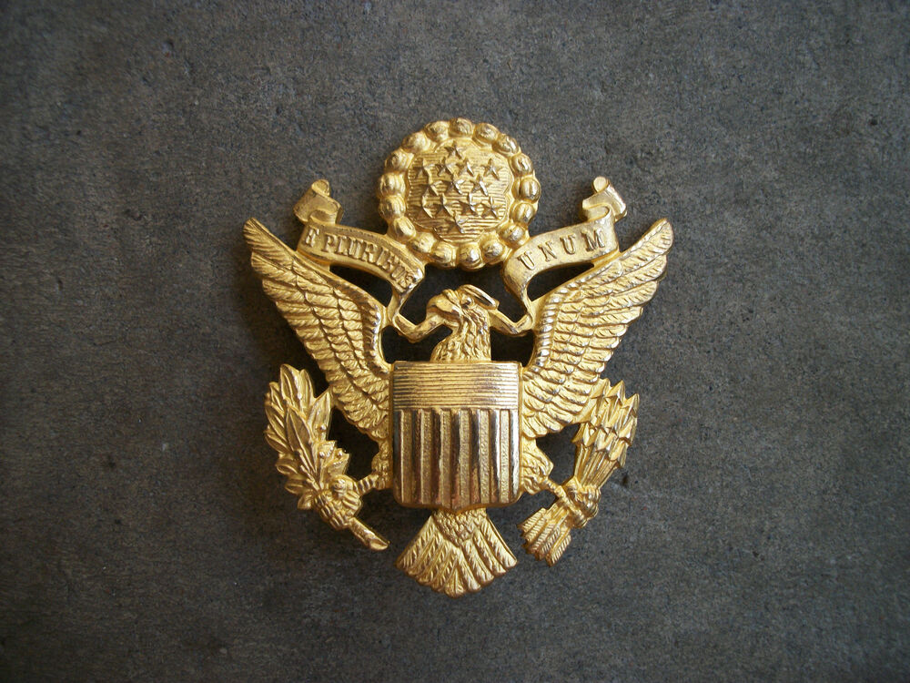WWII US Army officer hat badge pin eagle RARE Luxenborg ...