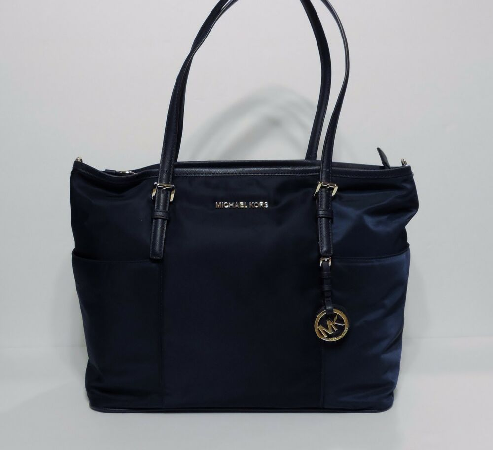 new michael kors jet set large pocket diaper mat bag navy nylon shoulder tote ebay. Black Bedroom Furniture Sets. Home Design Ideas