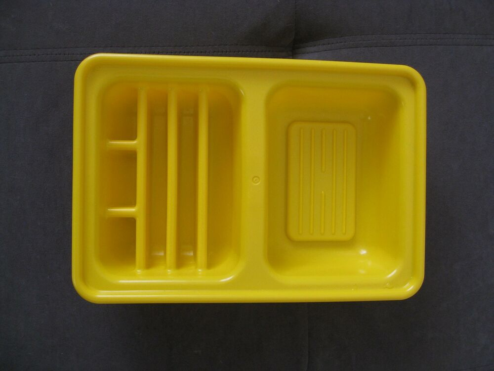 Little Tikes Food Country Victorian Kitchen Yellow Dish