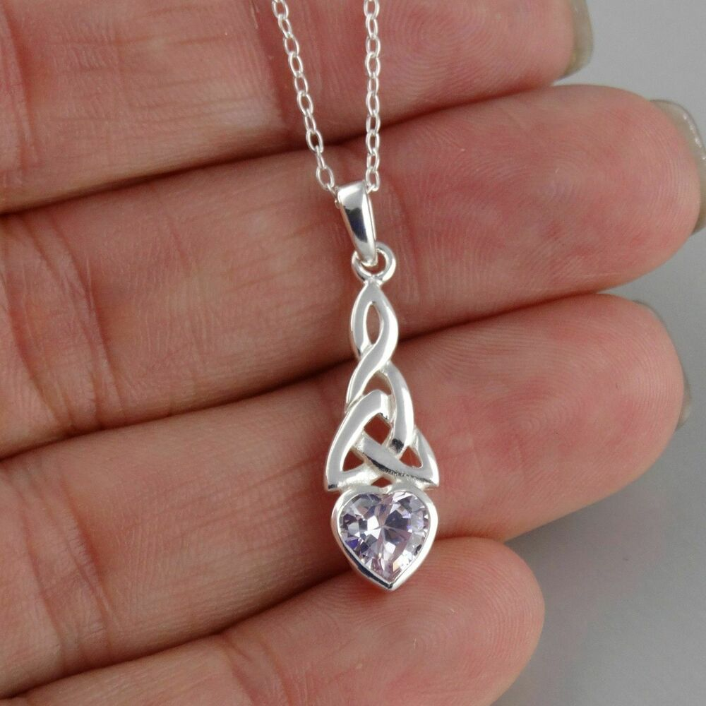 trinity heart necklace 925 sterling silver alexandrite. Black Bedroom Furniture Sets. Home Design Ideas