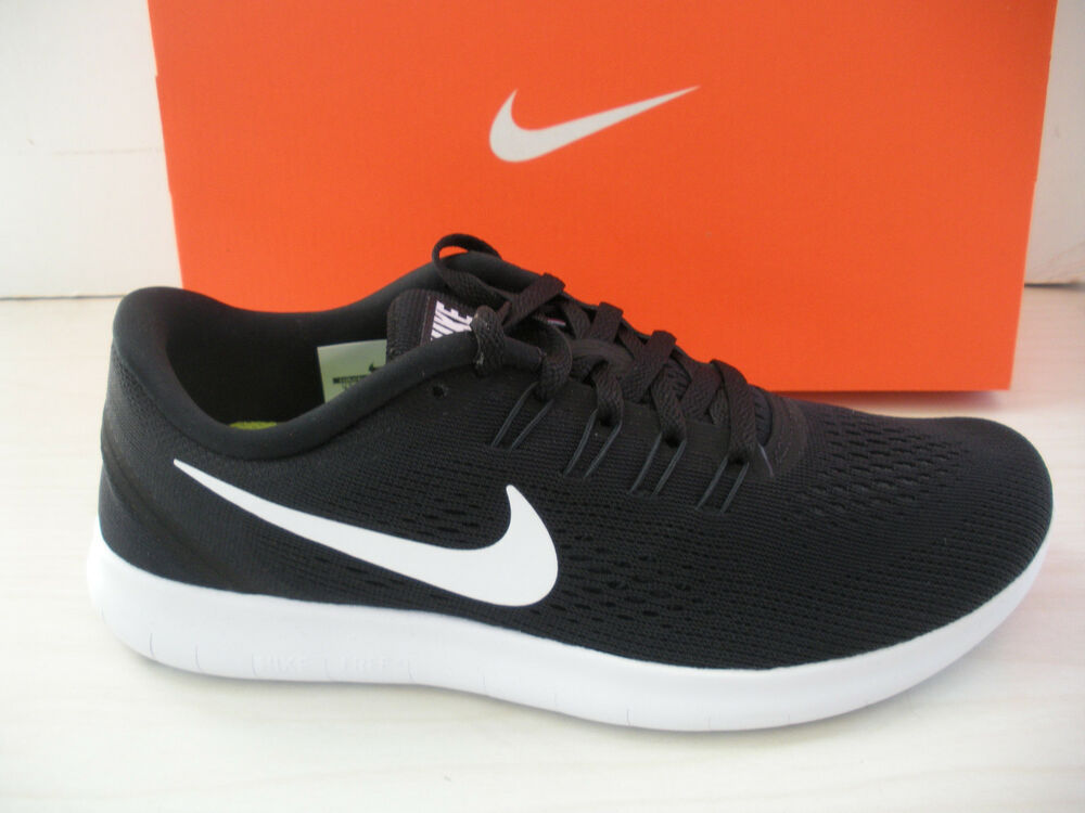 Nike running shoes for men all black