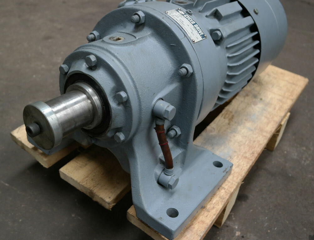 Sumitomo cyclo 2 speed electric motor brake Electric motor with gearbox