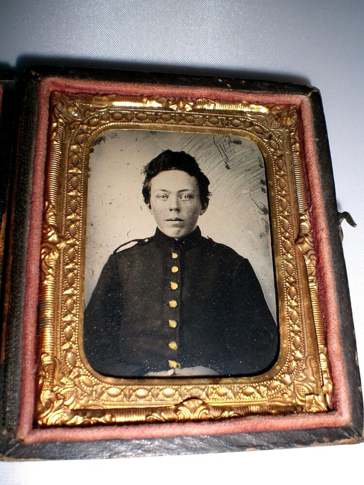 CIVIL WAR BOY UNION SOLDIER TINTYPE IN GUTTA PERCHA CASE ...