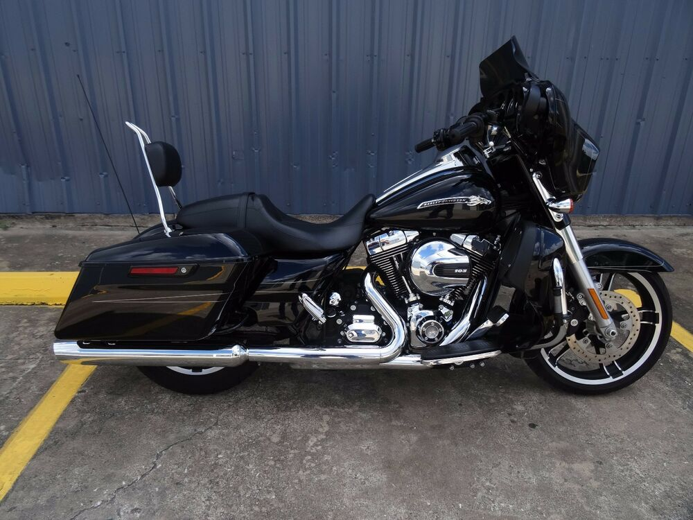 harley davidson 2014 2017 street glide road glide road king sissy bar ebay. Black Bedroom Furniture Sets. Home Design Ideas