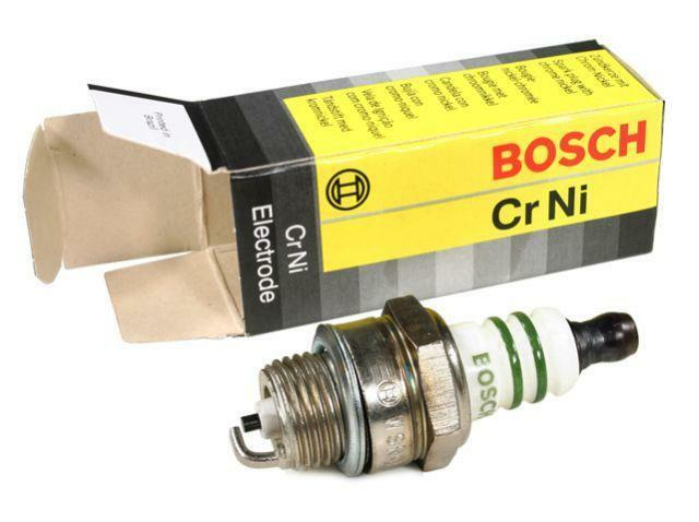 1 new bosch spark plug wsr6f 7547 stihl saws 1110 400 7005 echo husqvarna ebay. Black Bedroom Furniture Sets. Home Design Ideas