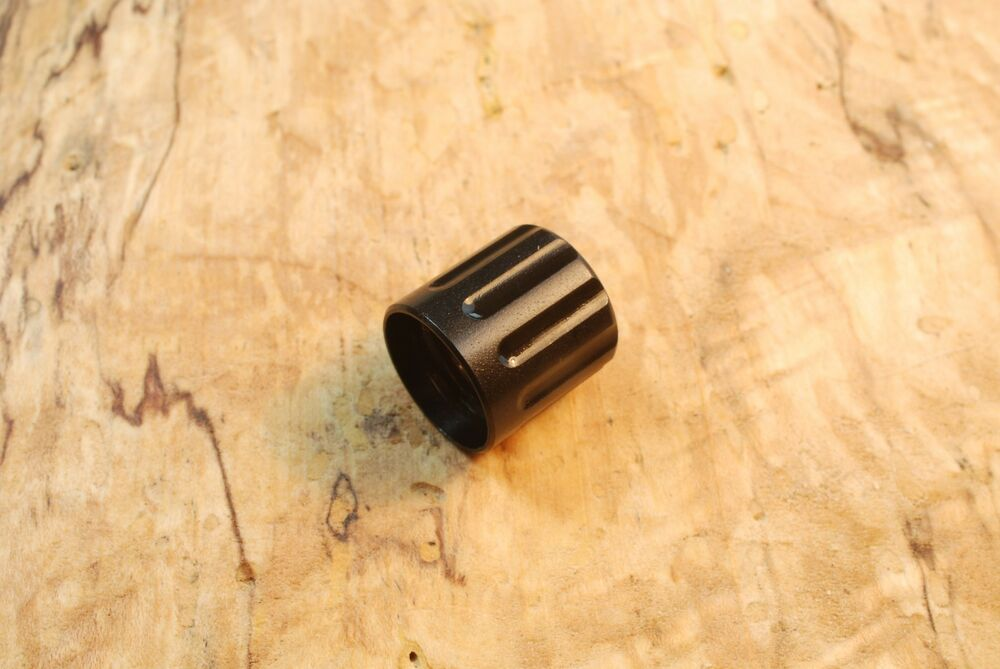 Hughes fluted thread protector for quot tpi long
