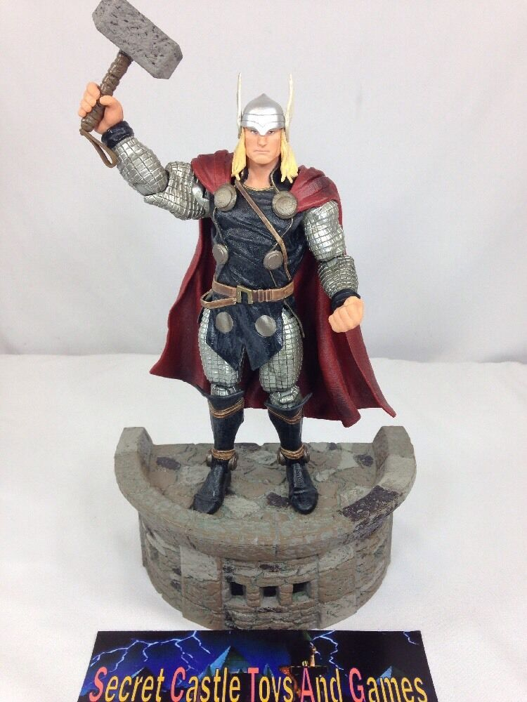Marvel Select Thor Mighty Avengers Diamond Action Figure 8