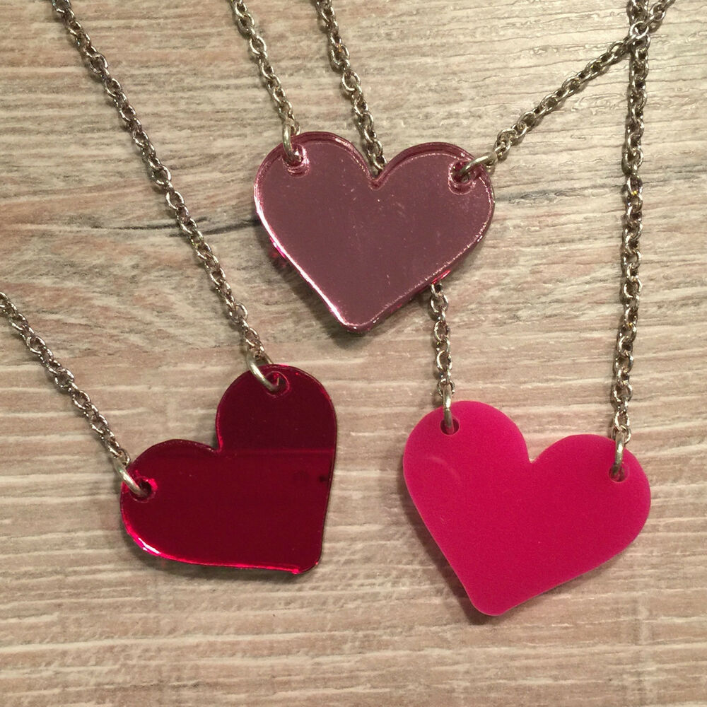 heart necklace cool funky laser cut valentine. Black Bedroom Furniture Sets. Home Design Ideas