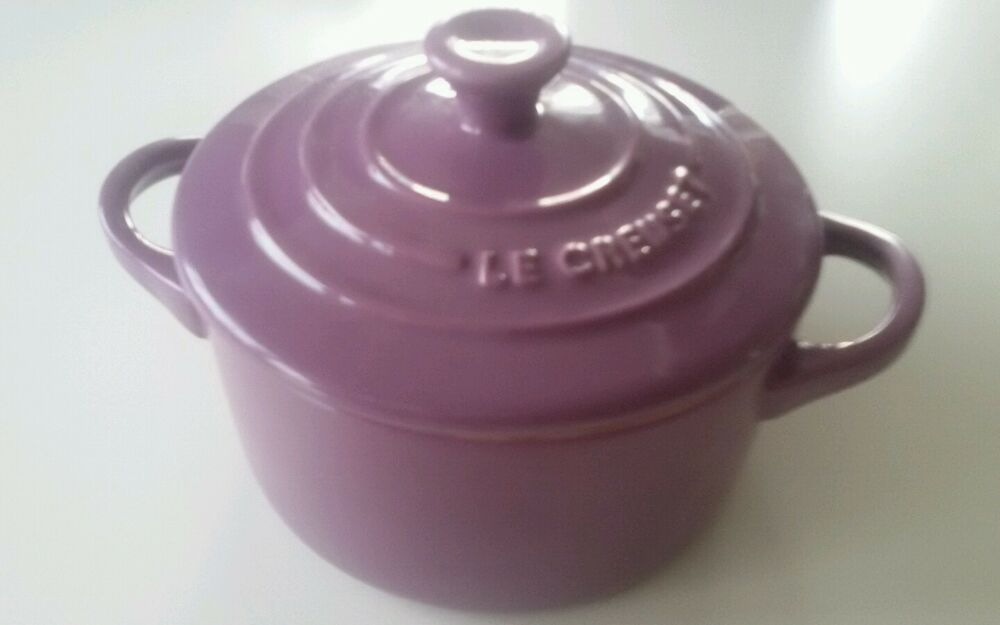 le creuset kleine auflaufform cocotte casserole mit deckel mauve ebay. Black Bedroom Furniture Sets. Home Design Ideas