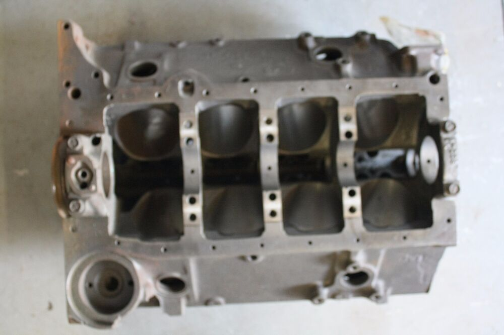 small block 305 chevy engine block 040 finish honed 4. Black Bedroom Furniture Sets. Home Design Ideas