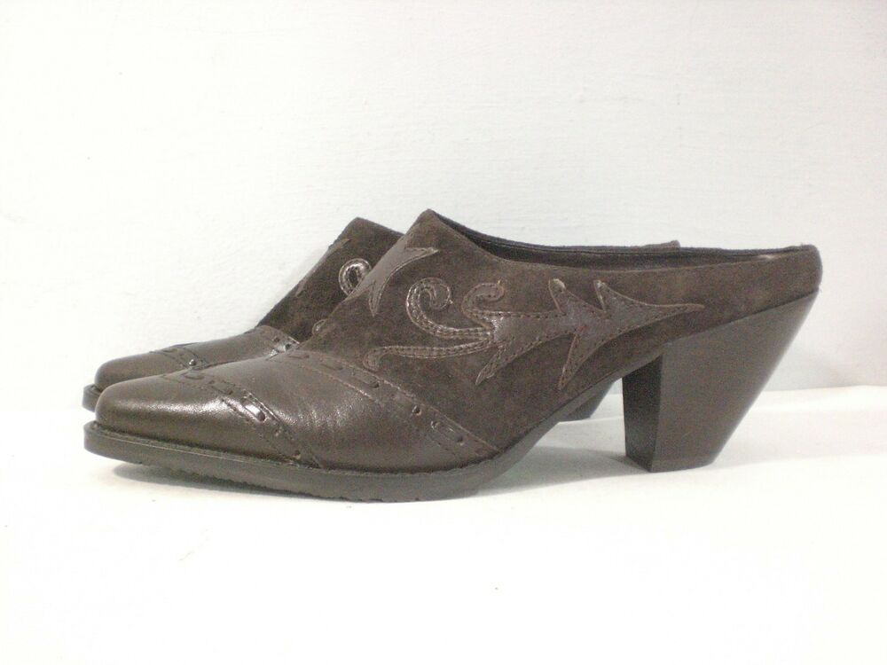 bc19df127962 Details about Vintage 90s Bass Brown Leather   Suede Western Mules Heeled  Slide Shoes Size 8