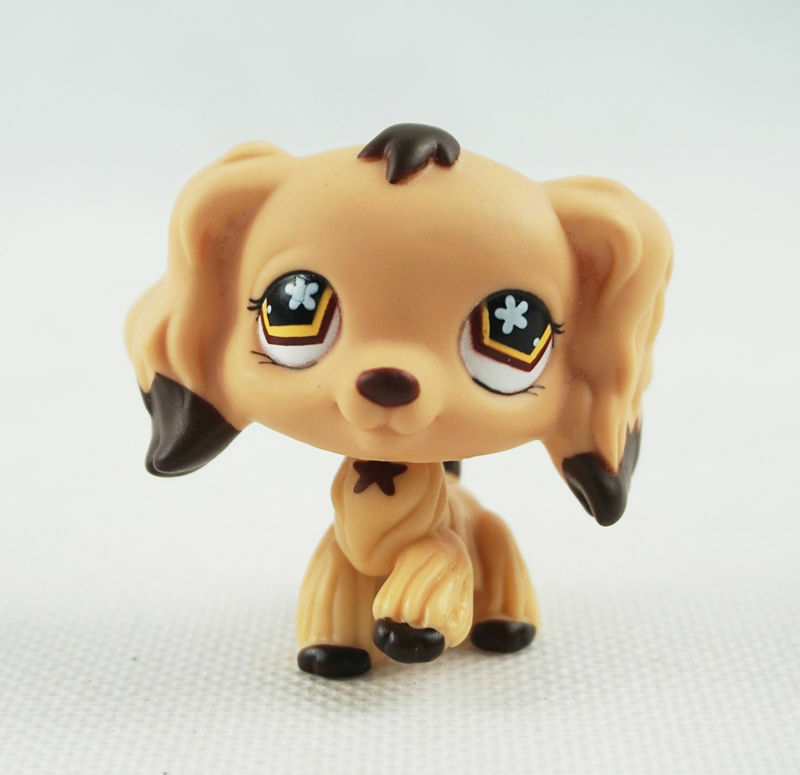 Littlest Pet Shop is a toy franchise that offers a variety of figurines, cartoons, and video games that are based on animal characters. The toys are designed in amphibian, reptile, aquatic, and furry animal shapes. These are available in three different sizes and various color options for you to choose from.