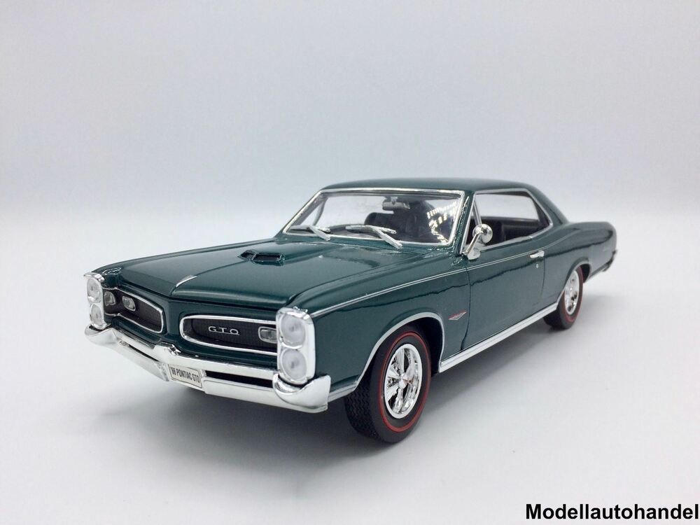 pontiac gto 1966 metallic dunkelgr n 1 18 welly ebay. Black Bedroom Furniture Sets. Home Design Ideas