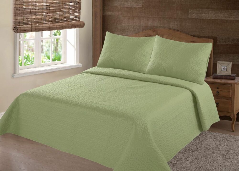 MIDWEST SAGE GREEN NENA SOLID QUILT BEDDING BEDSPREAD