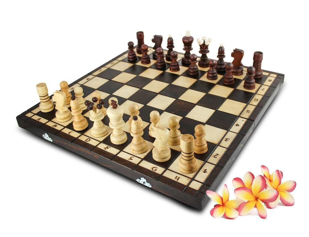 schach 42x42cm handarbeit schachspiel brettspiel klappkoffer inkl holzfiguren ebay. Black Bedroom Furniture Sets. Home Design Ideas