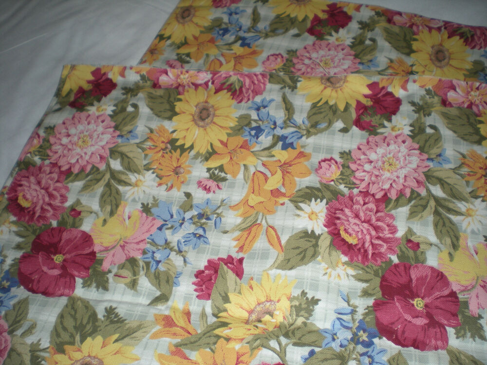 P Kaufmann Fabric 2 Yards Multi Floral New 46 Quot Wide