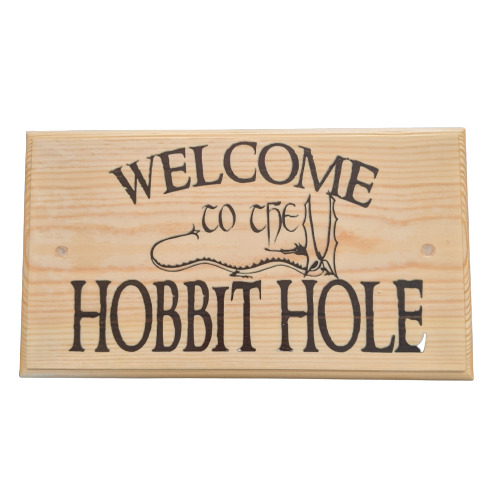 Large Welcome To The Hobbit Hole Plaque / Sign - Lord Of The Rings ...