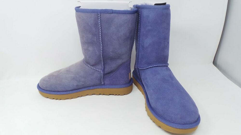 444a22a3a33 Womens UGG Classic Short II Boots Style 1016223 Size 7 Pajama Blue ...