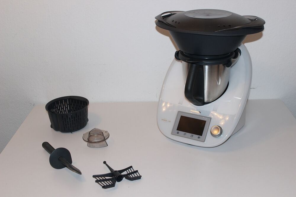 vorwerk thermomix tm5 k chenmaschine inkl rechnung gew hrleistung ebay. Black Bedroom Furniture Sets. Home Design Ideas