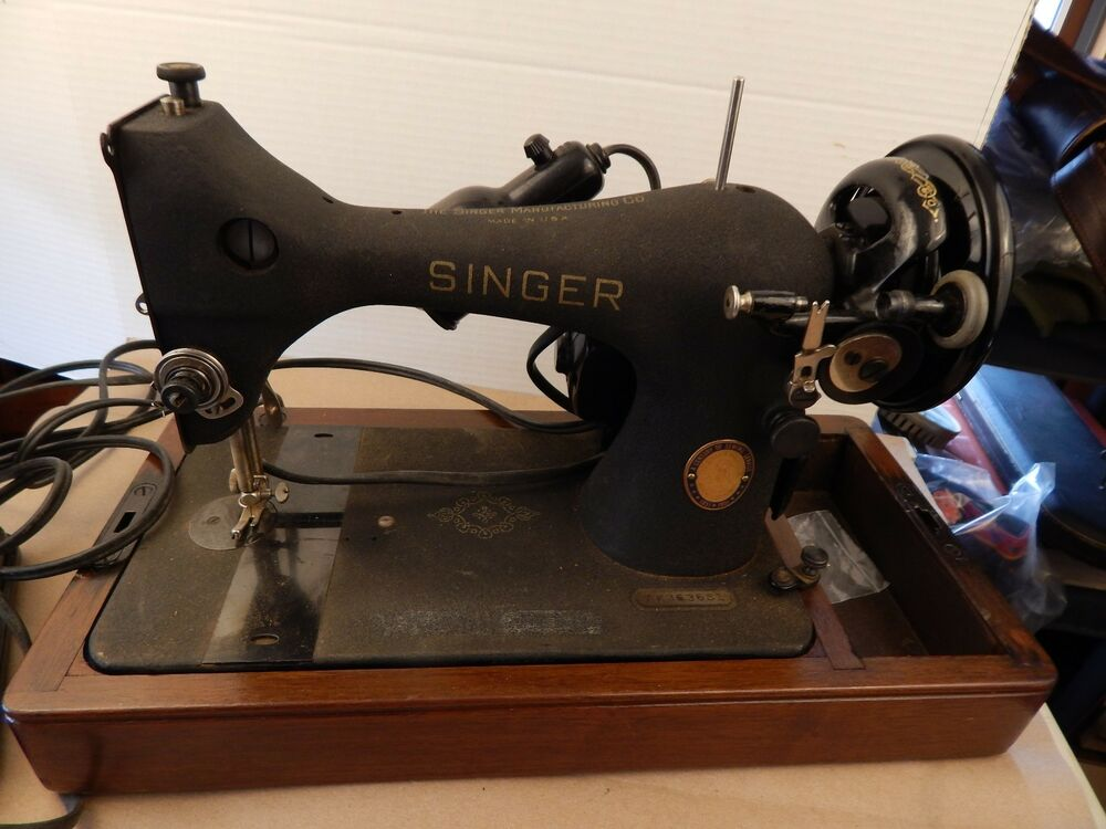 40 SINGER Model 40 Crinkle Finish SEWING MACHINE Bentwood Gorgeous 1951 Singer Sewing Machine Ebay