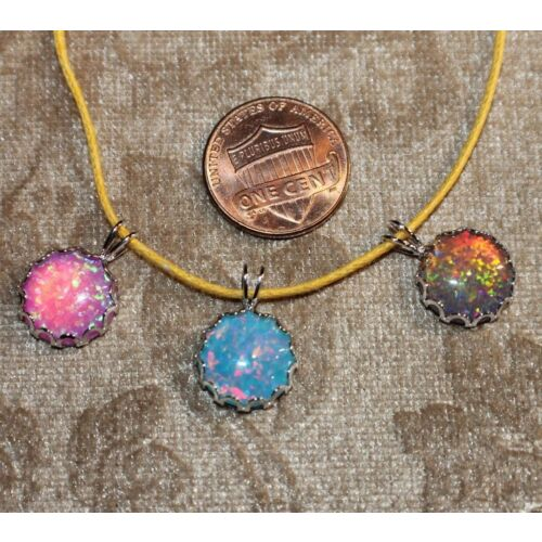 fire-opal-necklace-pendant-gemstone-silver-jewelry-round-petite-cocktail-style