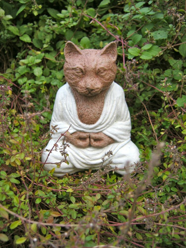 Buddha Statues For The Garden: Cat Buddha Statue, Meditating Cat Concrete Statue, Painted