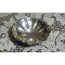 Small Shallow Sterling Silver Candy Bonbon Nut Dish Bowl 3 1/2