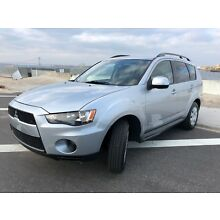2011 Mitsubishi Outlander ES 2011 MITSUBISHI OUTLANDER ES ,MINT IN AND OUT,RUNS 100% !!