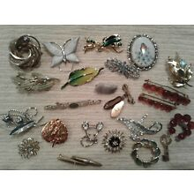 Lot of 30 Vintage Brooches (Added 6)