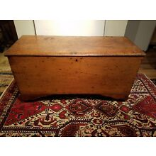C1800S American Primitive Blanket Chest. Chestnut and Pine.