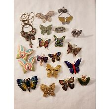 AWESOME LOT OF 18 BUTTERFLY PINS, RINGS, EARRINGS,  PENDANTS NECKLACE