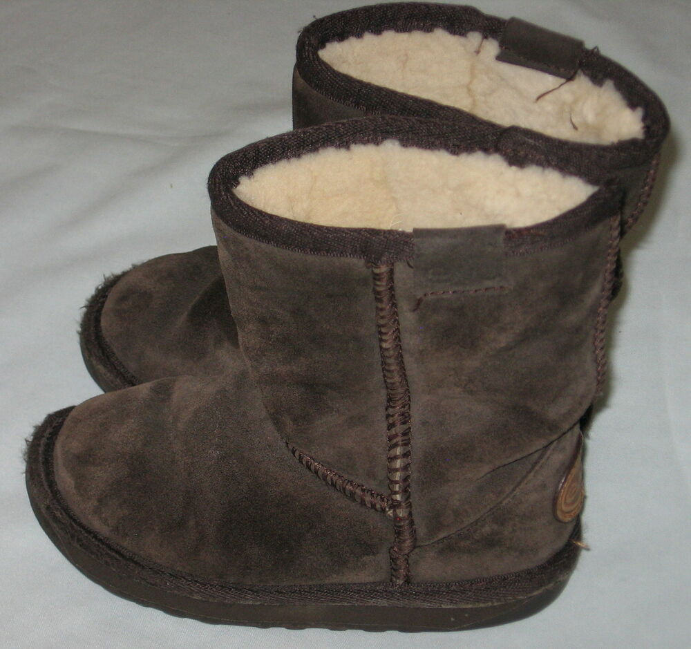 9836d72841fff Details about EMU Australia Kids Wallaby Lo Sheepskin Lining Suede  Chocolate Brown Boots K 9
