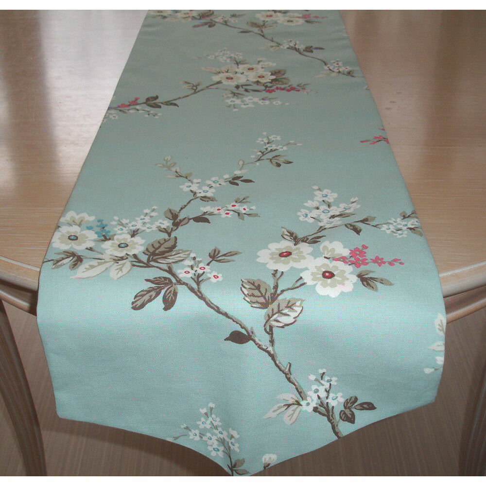 72 Pointed V End Dining Table Runner 180cm Pink Blue White Blossom