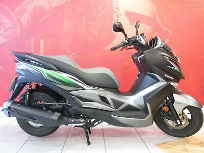 2017 KAWASAKI J300 SC300 CHFA ABS SPECIAL SCOOTER only 2943 miles