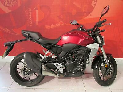 2019 HONDA CB300R RED only 3772 miles NATIONWIDE DELIVERY