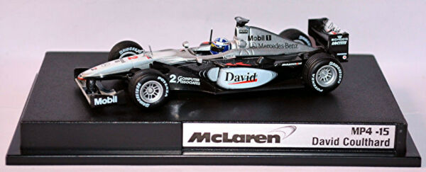 AllemagneMclaren Mercedes MP4-15 Formula1 2000 #2 David Coulthard 1:43 Hot Wheels 26751