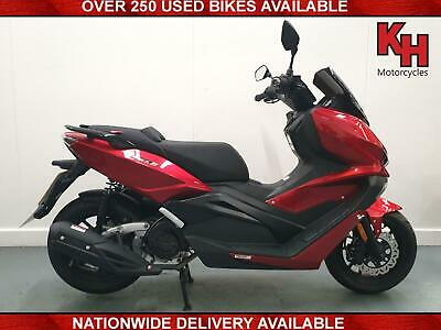 Lexmoto AURA 125 - 2020 **Massive MPG - Comfort Seat - Centre Stand & More**