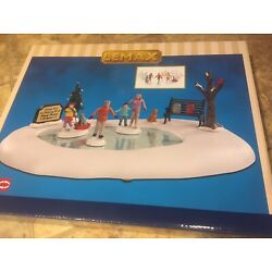 Kyпить Lemax FAMILY SKATING DAY -animated Holiday Village Pond With Accents-9 Piece Set на еВаy.соm
