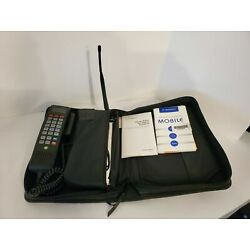 Kyпить Vintage 1995 Motorola Bag Phone SCN2500A With Charger Tested на еВаy.соm