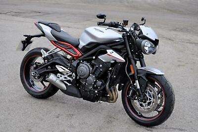 *** 2018 TRIUMPH 765 STREET TRIPLE R LOW ONLY 2737 MILES FSH ONE OWNER ***