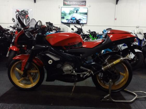 2004 Aprilia Tuono125 125cc == we accept p/x / sell us your bike