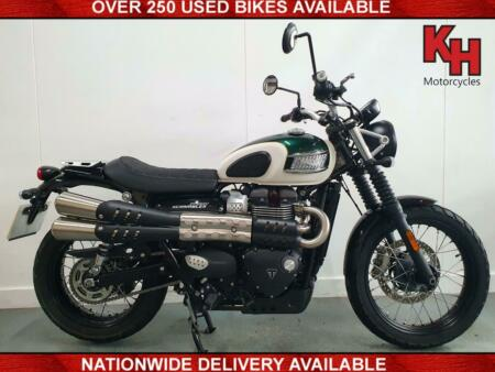 Triumph  Street Scrambler 900 Green and White 2019 - Very Low Mileage - ABS, T