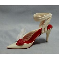 Just the Right Shoe Hearts Aflutter Miniature shoe