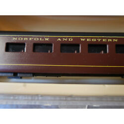 N Scale Con-Cor Custom Norfolk and Western 85 ft. Passenger Car Coach Road 495