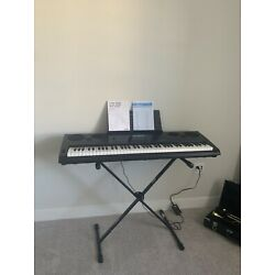 Casio WK-6600 Eletric Keyboard with Stand