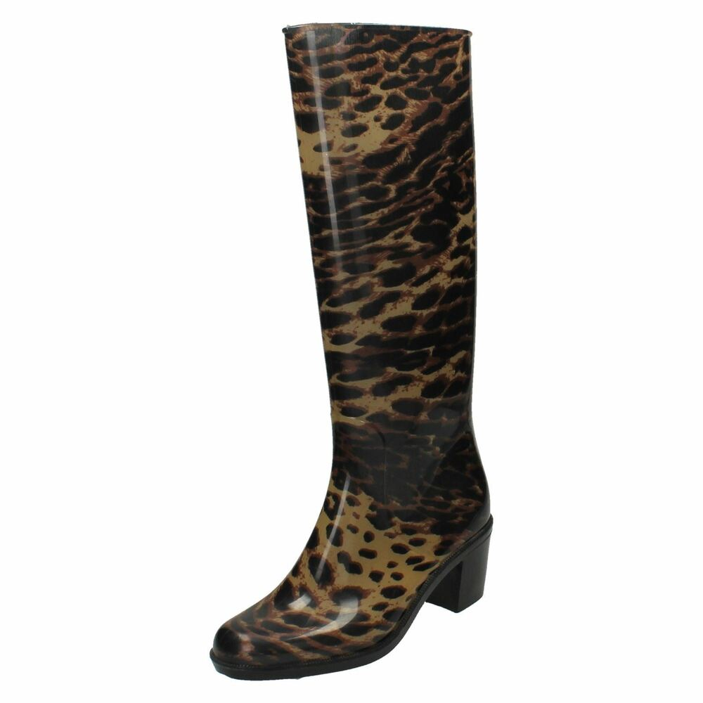 Free shipping BOTH ways on ankle boots with 2 inch heel, from our vast selection of styles. Fast delivery, and 24/7/ real-person service with a smile. Click or call